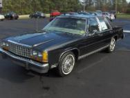 1985 Ford LTD Crown Victoria Base