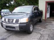 2005 Nissan Titan XE Crew Cab