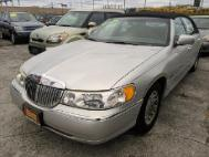 1999 Lincoln Town Car Signature